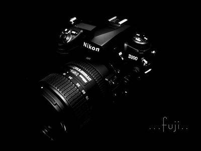 按下放大 NIKON D200+18-200照片